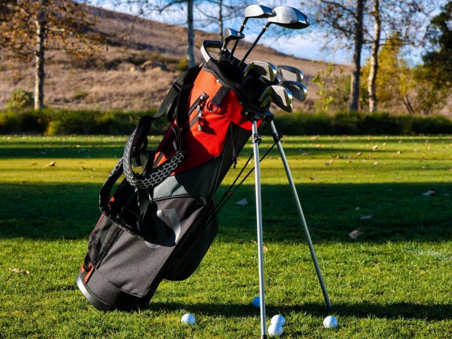 featured image of golf bag