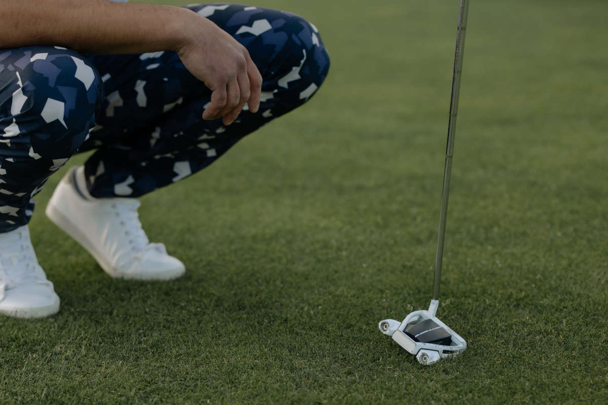 golf putter featured image