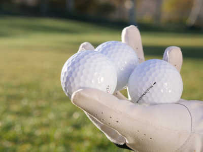 How many golf balls should a beginner have?